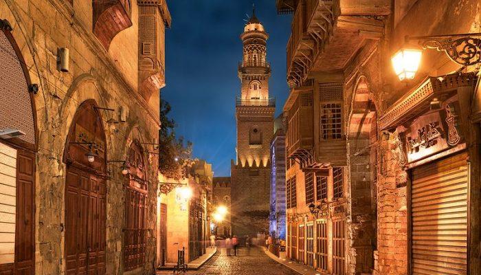 Muizz_Street_-_Egypt