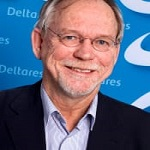 Dr. Elco Van Beek
